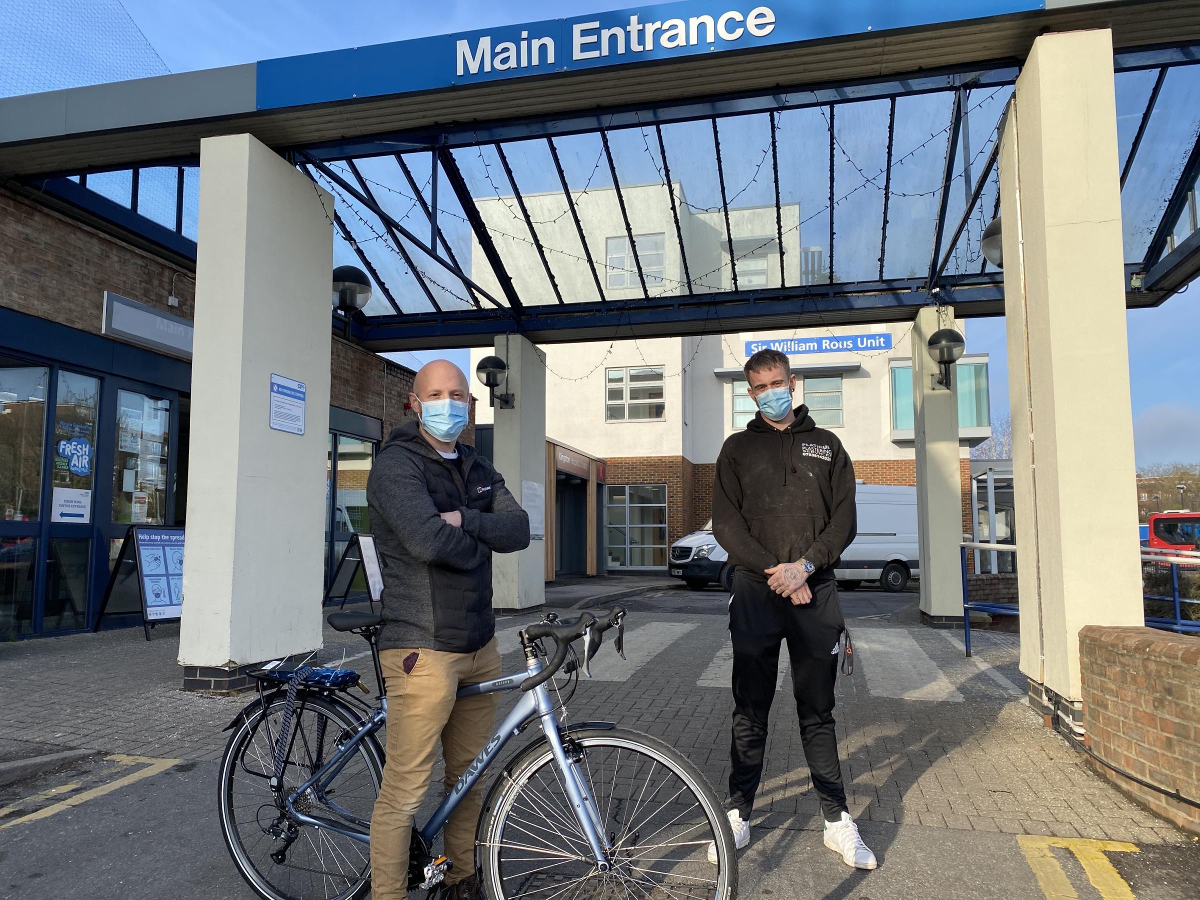 Worker helps Kingston doctor whose bike was stolen