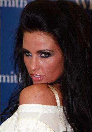 Model Hooker in Surrey