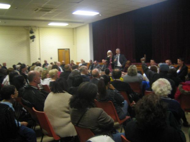 Siobhain McDonagh MP and DCI Mark Dunne address packed meeting