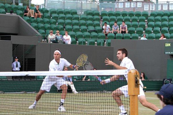 Injury hit: Both Ross Hutchins, left, and Colin Fleming have suffered injuries in the past month but Greg Rusedski is backing them for the Olympics