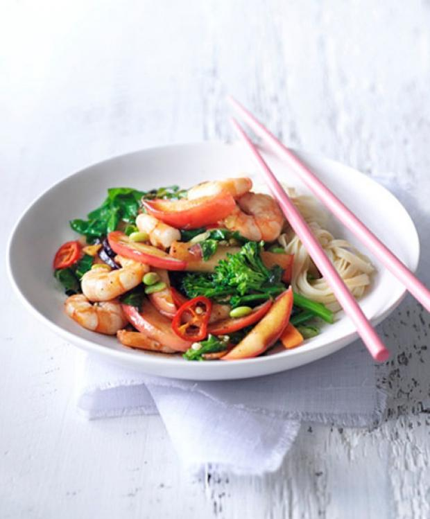 Recipe: Hot and Sour Pink Lady Apple and Prawn Stir Fry