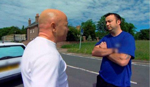 Rogue trader Gareth Walker signs agreement after appearing on Channel 5's Cowboy Builders