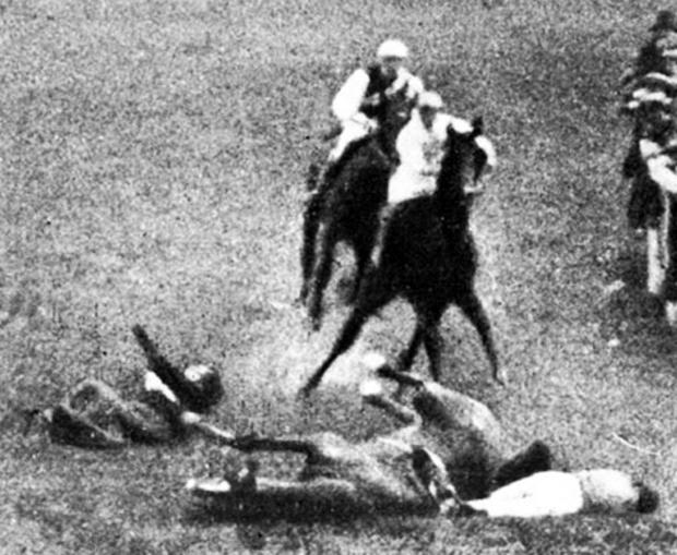 Surrey Comet: Emily Wilding Davison's brutal death at the 1913 Derby