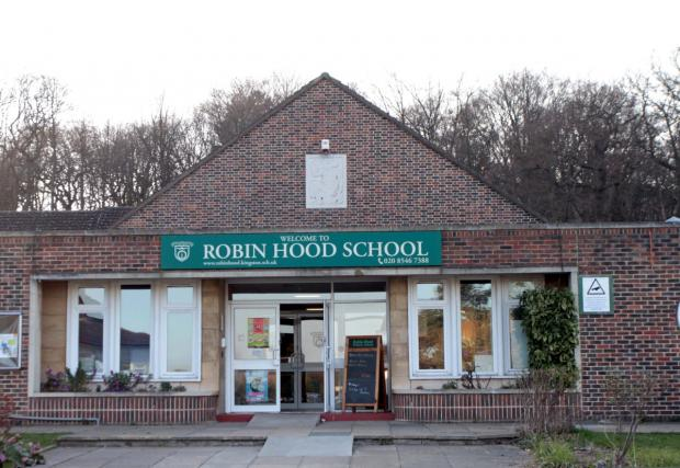 Robin Hood: Needs more space for pupils
