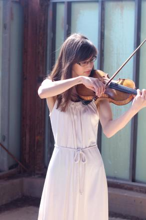 American violinist to perform one-off show for Kingston chapel restoration fund