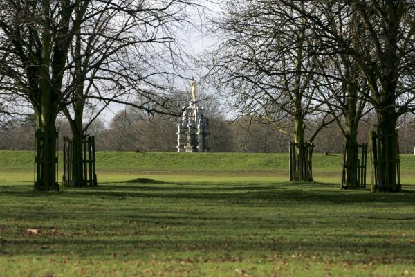 Police move to reassure after man throws water at women in Bushy Park