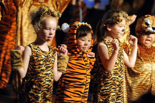 Eye of the Tiger: Children dance to Katy Perry's Roar as part of their interpretation of a French masterpiece