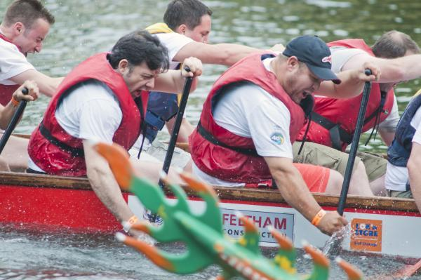 PICTURES: Dragons and rowers on the Thames