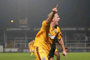 Sutton United: Doswell ready to build new Sutton around skipper Southam