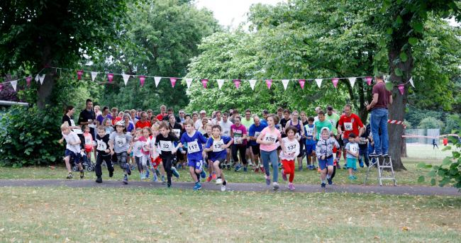 Ready, Steady, Go....Over 100 runners help to kick off Malden Fortnight!