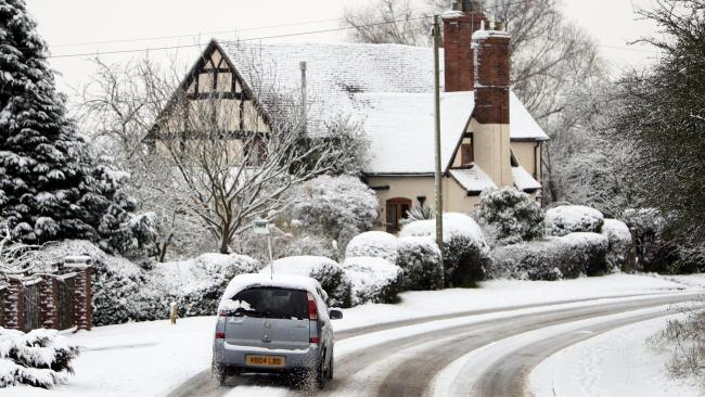 Snow may hit London as well as icy patches