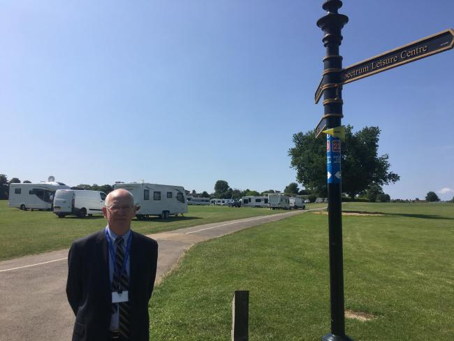 Surrey Police and Crime Commissioner David Munro is calling for temporary sites for travellers.