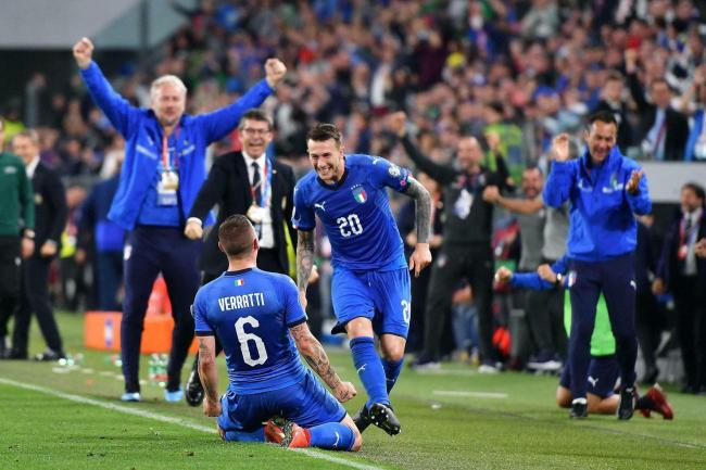 Marco Verratti (left) hit a late winner as Italy came from behind against Bosnia-Herzegovina in Turin